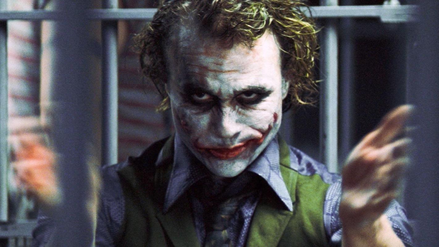 the-joker-heath-ledger